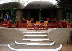 非洲山顶上的马赛马拉Serena酒店